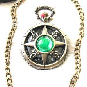 Other - Classic Vintage Quartz Green Cats Eye Pocket Watch